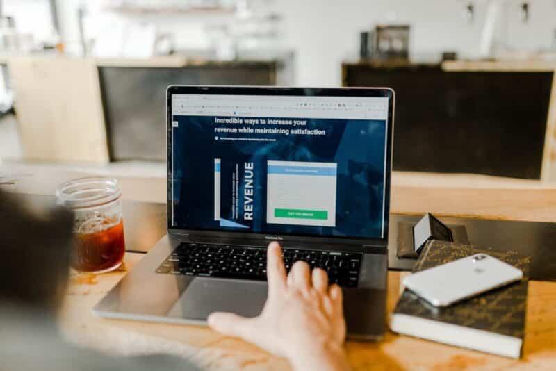 Man buying websites online