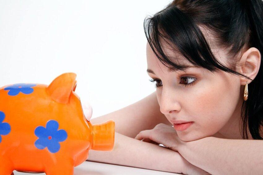 piggy bank woman, savings